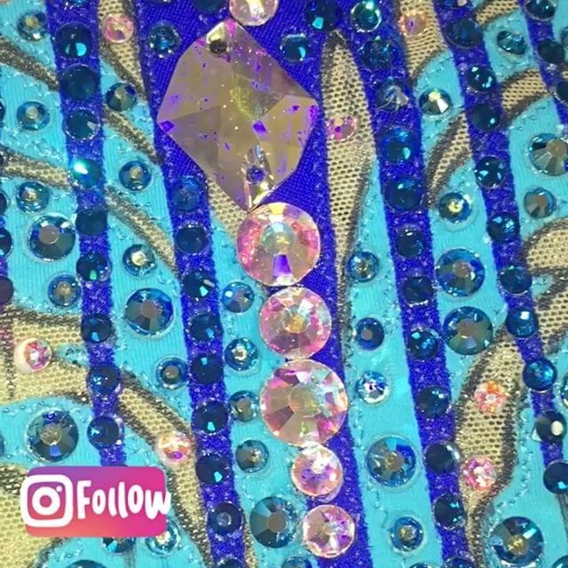 "86 Likes, 4 Comments - Студия Костюма (@gimnastika_msk) on Instagram: ""Темно-зеленый бархат-как вечернее платье😍🌺❤️#красота #купальник #купальникназаказ #костюм…"""