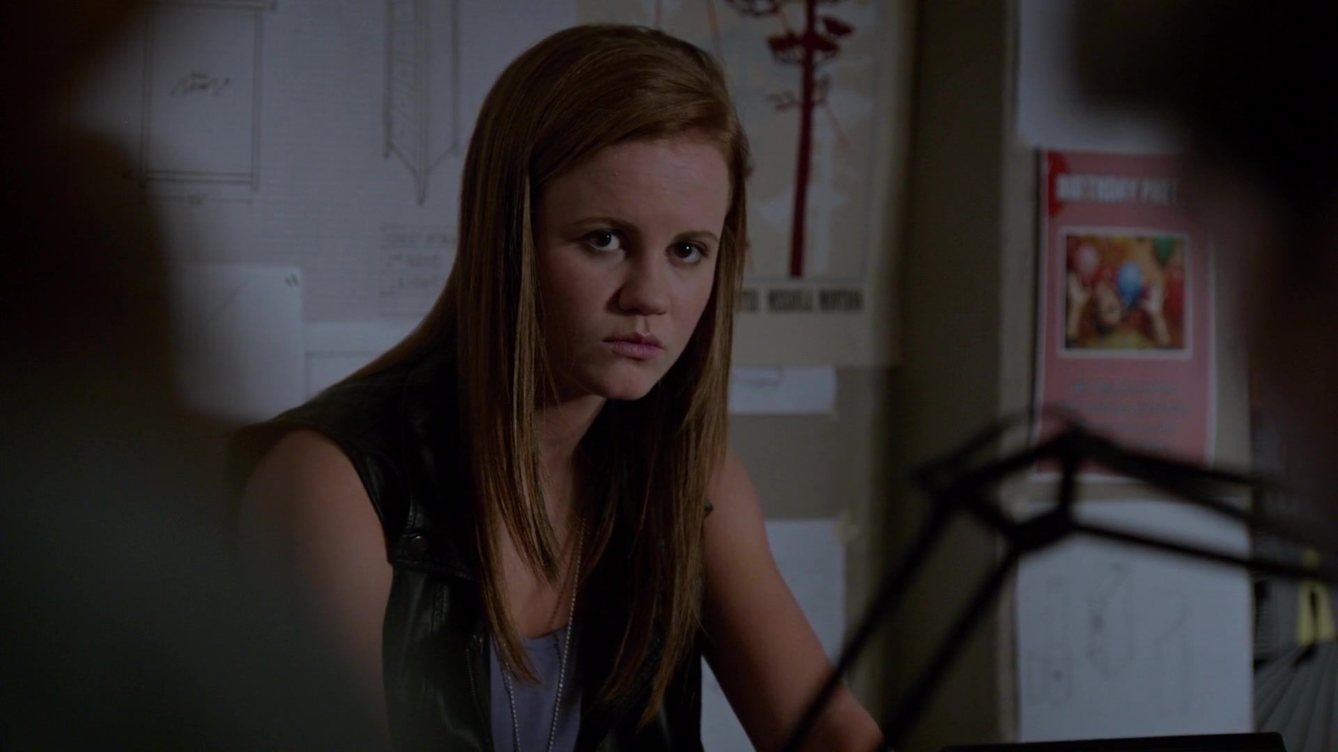 American Horror Story Cenas Quentes 23) #norrie concerned about joe norrie from under the dome