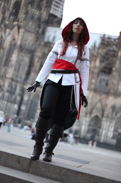 Assassin S Creed Cosplay Everyday Cosplay Assassins Creed Cosplay