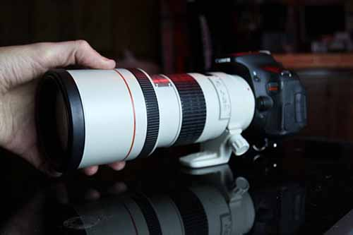 Why The Canon 300mm F 4l Makes A Great Lens For Astrophotography Astrophotography Mirrorless Camera Photography Night Sky Photography