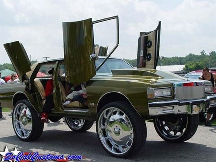 American Cars With Big Rims With Images Donk Cars Car Mods