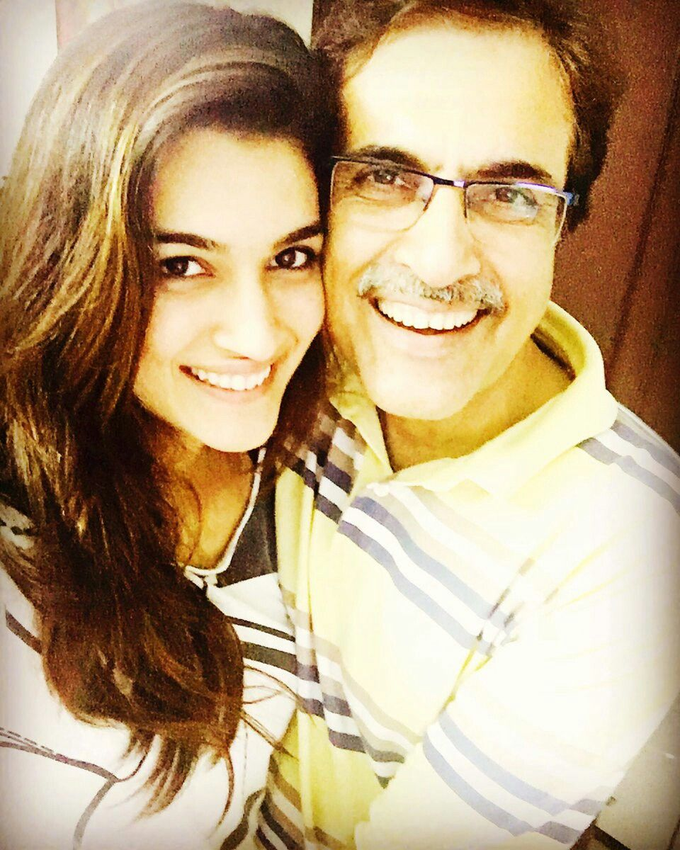 Kriti Sanon with her father   Photo and video, Instagram photo ...