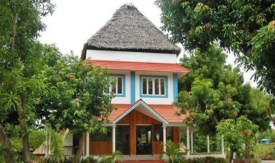3BHK Luxurious Villa with Swimming Pool for Daily Rent in #Pondicherry