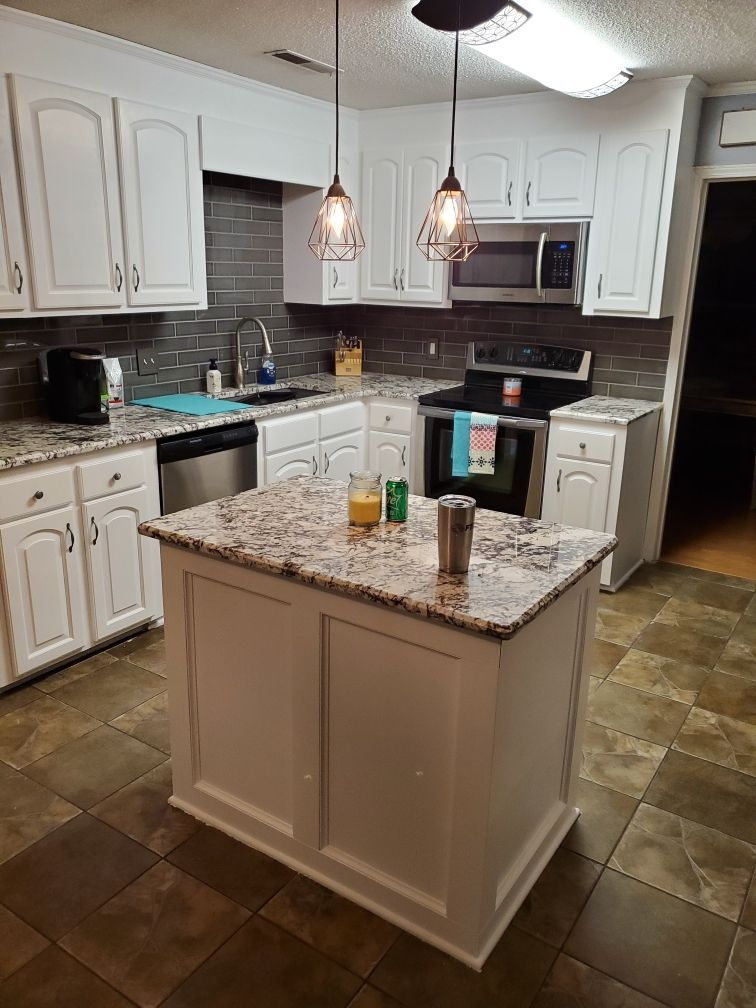 General Finishes White Poly Satin On Kitchen Cabinets Refinishing Cabinets Kitchen Cabinets Refinish Kitchen Cabinets