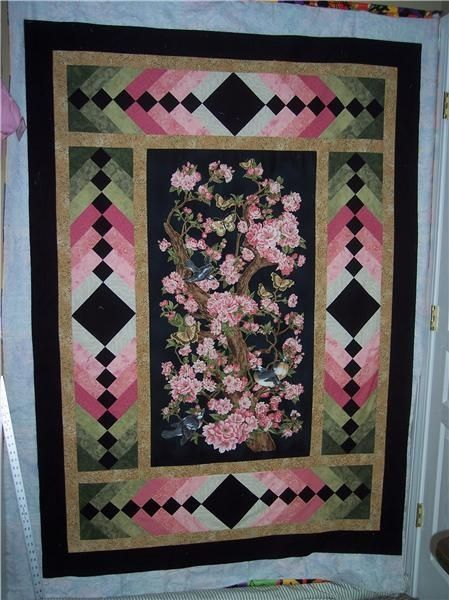 Ideas For Quilting Borders : A gorgeous way to border a panel quilt!!!!: Panel Quilts Pinterest Panel quilts, Quilt ...
