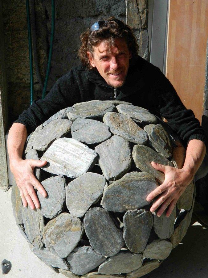 deco-jardin-dog-design-sphere-80cm | TERRASSE & JARDIN | Pinterest ...