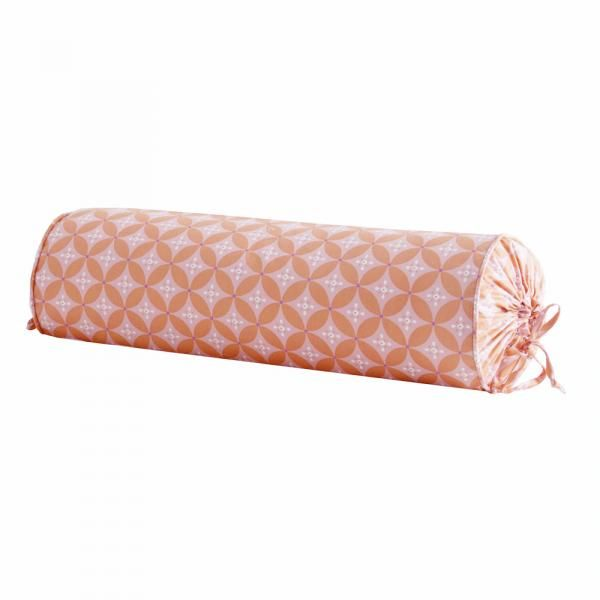 diamond-pink-neckroll_600-0