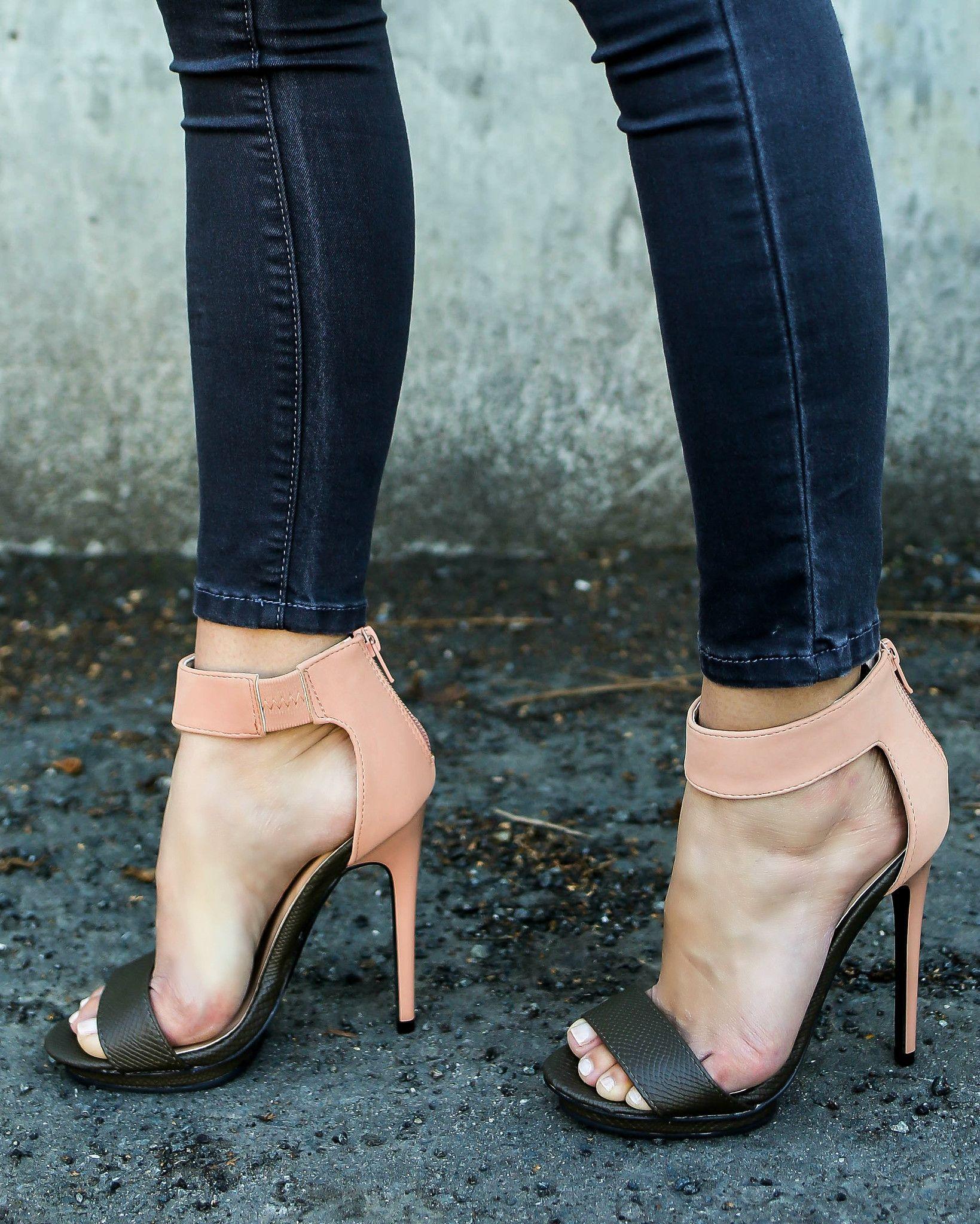 Iconic Heel