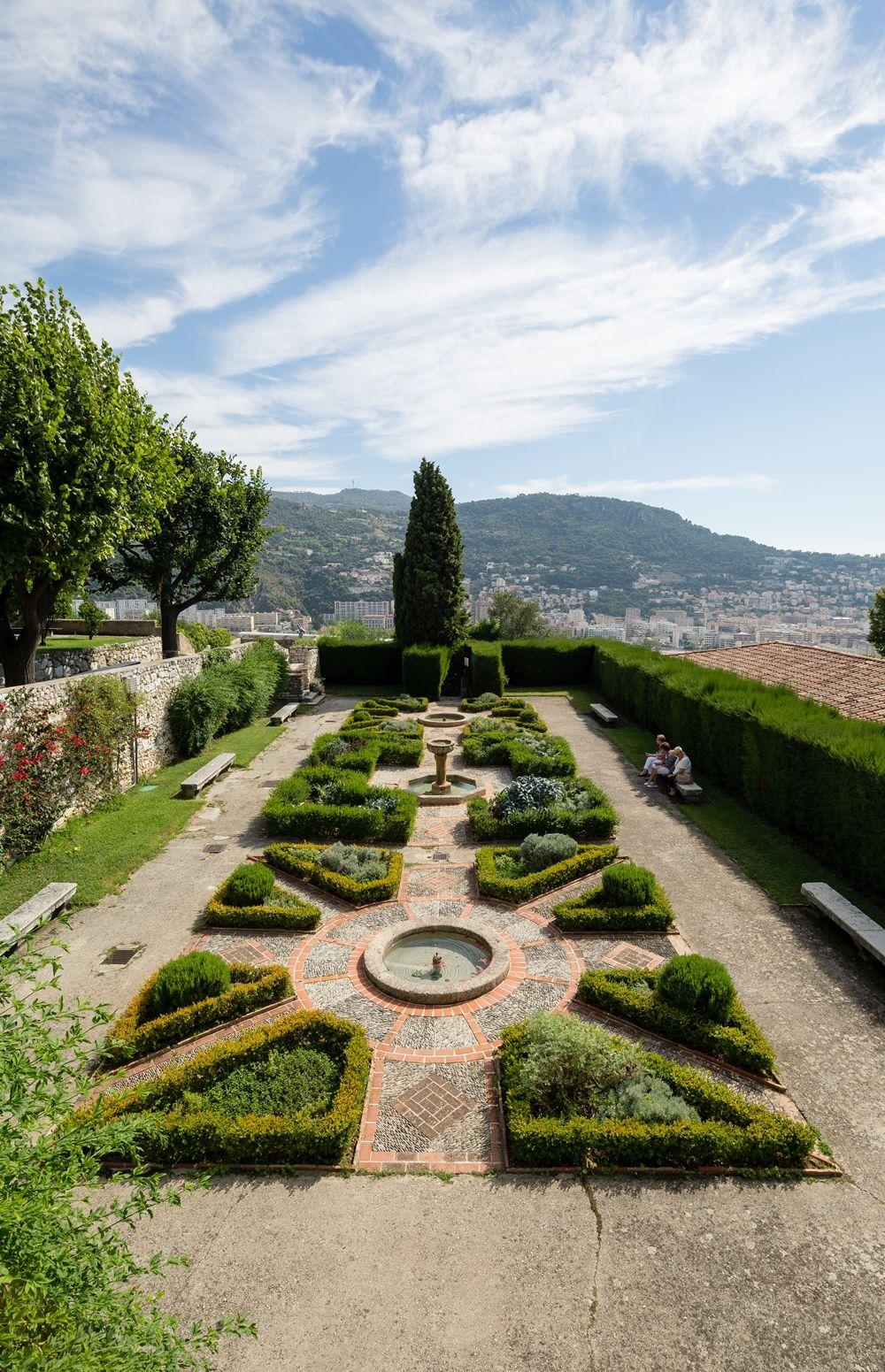 Mobilier De Jardin Alpes Maritimes jardin du monastère de cimiez, nice, provence-alpes-côte d