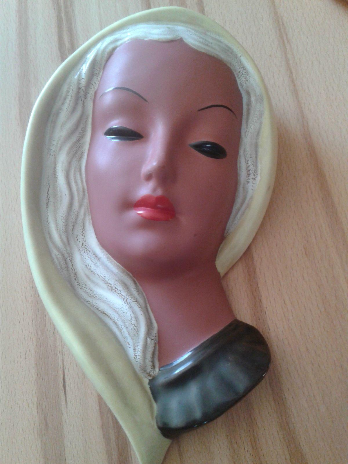 http://www.ebay.de/itm/Goldscheider-Wandmaske-Maske-Frauenmaske-West-Germany-27-cm-/261856154246?pt=LH_DefaultDomain_77