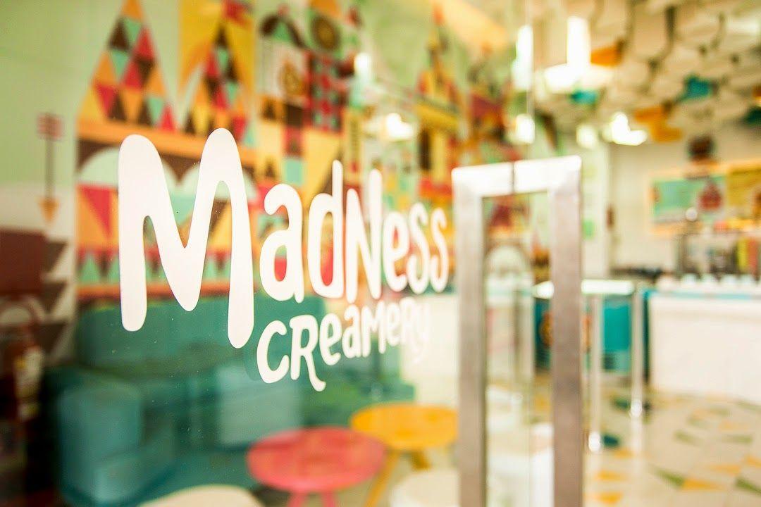 :: Alexandra Proaño 3D - Green Pear Diaries ::: La heladería Madness Creamery... Un chispazo de diseño, color y sabor en Arequipa, por id 12º77º