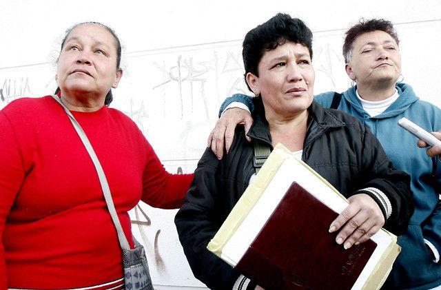 Madres de falsos positivos de Soacha se oponen a los beneficios para militares - El Universal - Colombia
