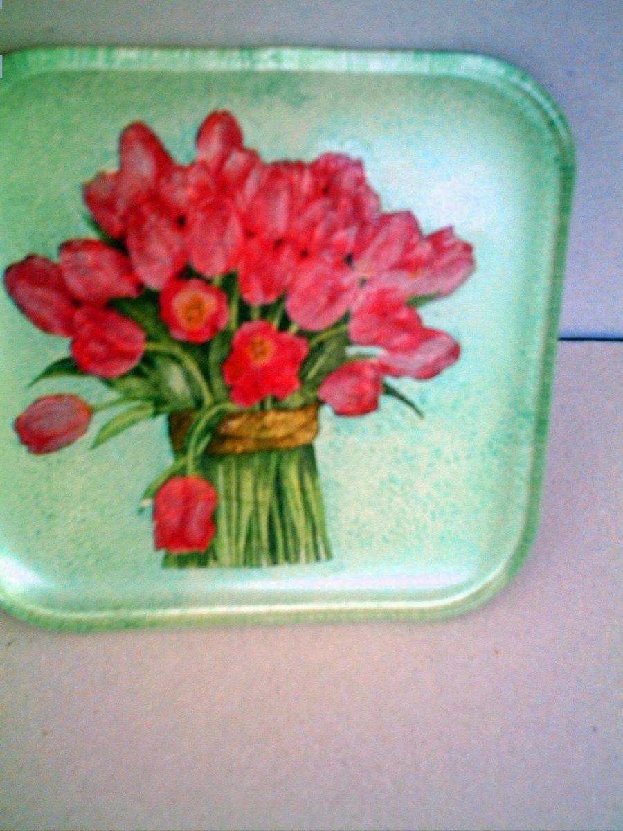 Todas las bandejas y platos estan hechos con servilletas br ... b639f65367bb