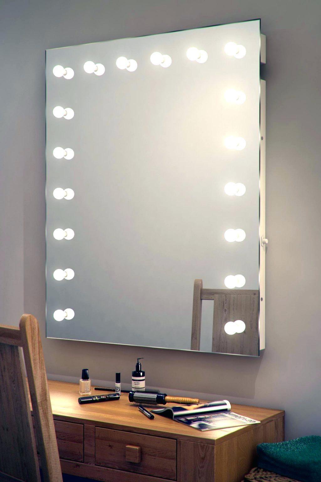 Dressing Room Dresser 60 Modelle Und Ideen Um Das Dekor Zu Verbessern In 2020 Ankleidespiegel Schlafzimmer Wandspiegel Wandspiegel