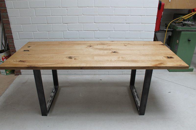 Esstisch Eiche Massivholz Holztisch Bohlen Stahl