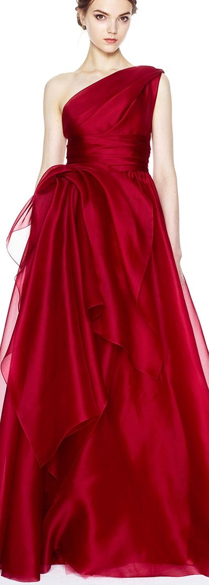 I am swooning over this red Marchesa number. I love it with a big fat juicy heart!