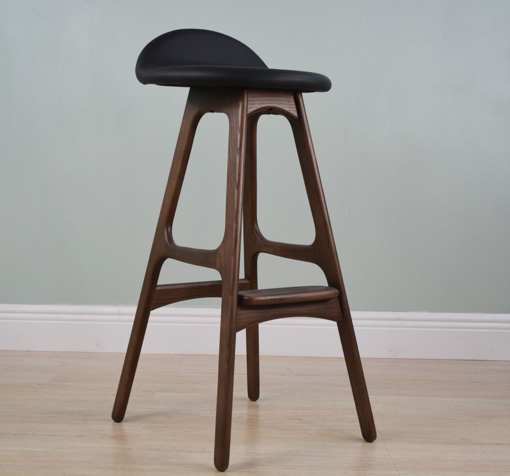 Awesome Mid Century Modern Stool