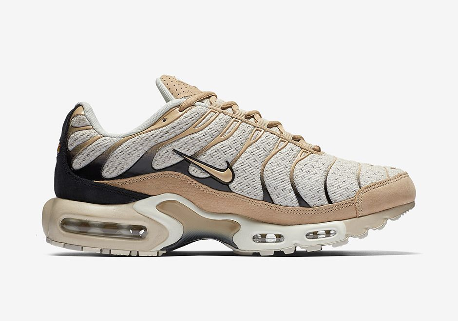 best sneakers 97e80 1a34d The NikeLab Air Max Plus Leather Pack is available in black ...