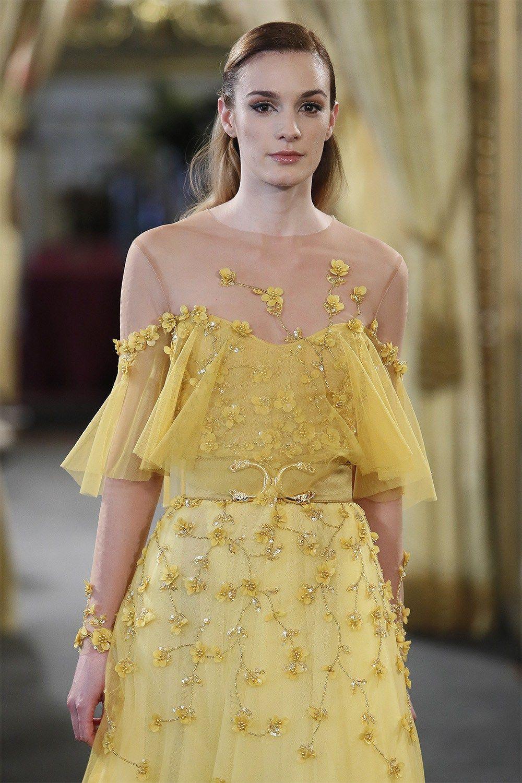 Lace dress in black august 2019 Atelier Couture  AMARCA novia invitada tendencias