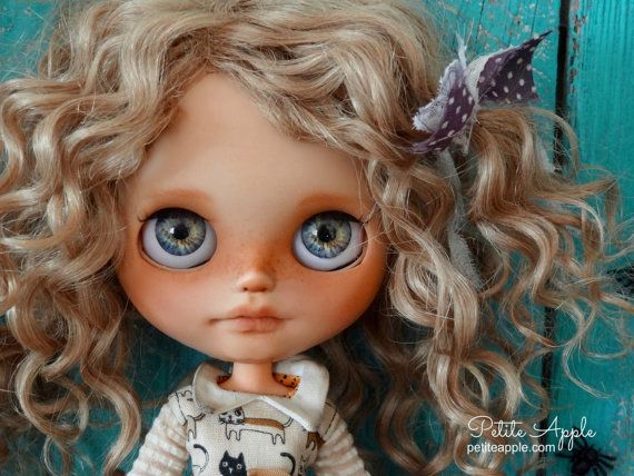 Blythe custom doll PUMPKIN by Petite Apple 118 by PetiteAppleShop
