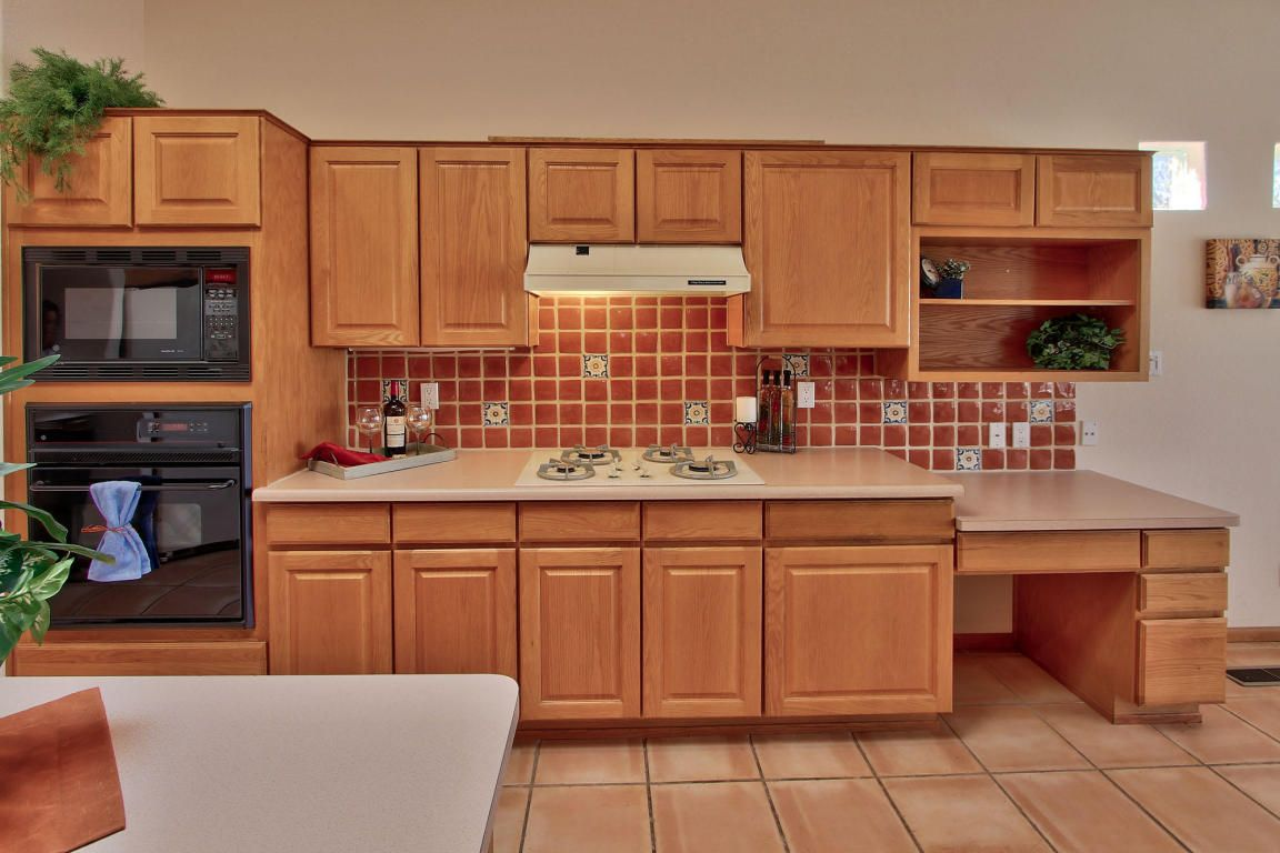 Kitchen At 1405 Plaza Sonada Nw Albuquerque New Mexico Home For Sale Gorgeous Kitchens New Mexico Homes Kitchen