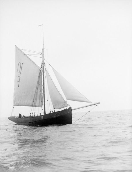 Falmouth Pilot Cutter n°10, b.1852, under jury-rig