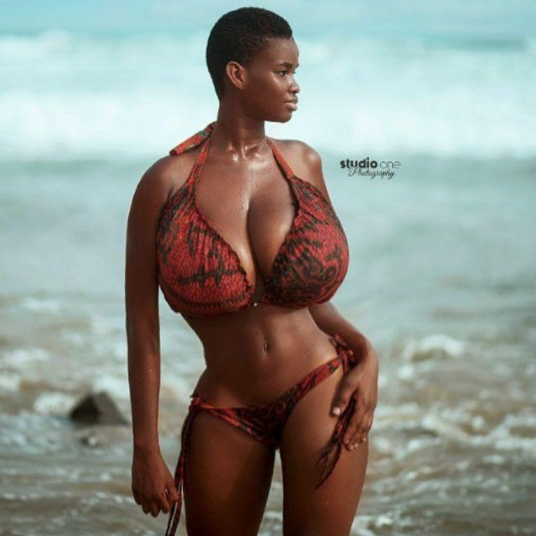 Girl big boobs hello beaches bra on Pin On Panels Odame Watara