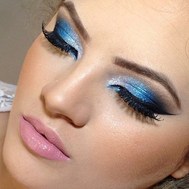 14 Totally Unapologetic Ways to Wear Glitter On Your Eyes