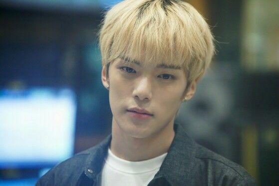 Lee Minhyuk (Monsta X) #Minhyuk #nomercy #starship #korean #idol #blonde #asianboys #kpop