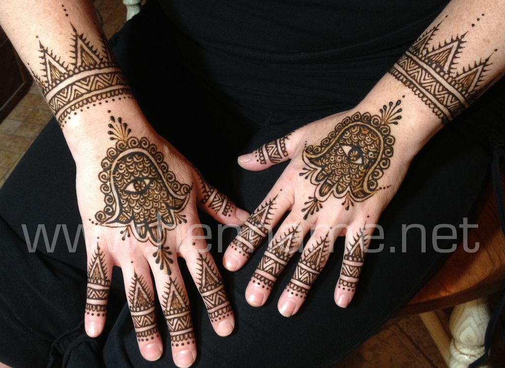 Mehndi Hand With Eye : Hamsa henna on hands hennas and body art