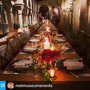 #Repost @metmuseumevents Lovely dinner at The Cloisters museum and gardens, The Metropolitan Museum of Art's uptown location devoted to the art and architecture of medieval Europe! #metmuseumevents #metmuseum #themet #specialevents #dinner #tablescape #me