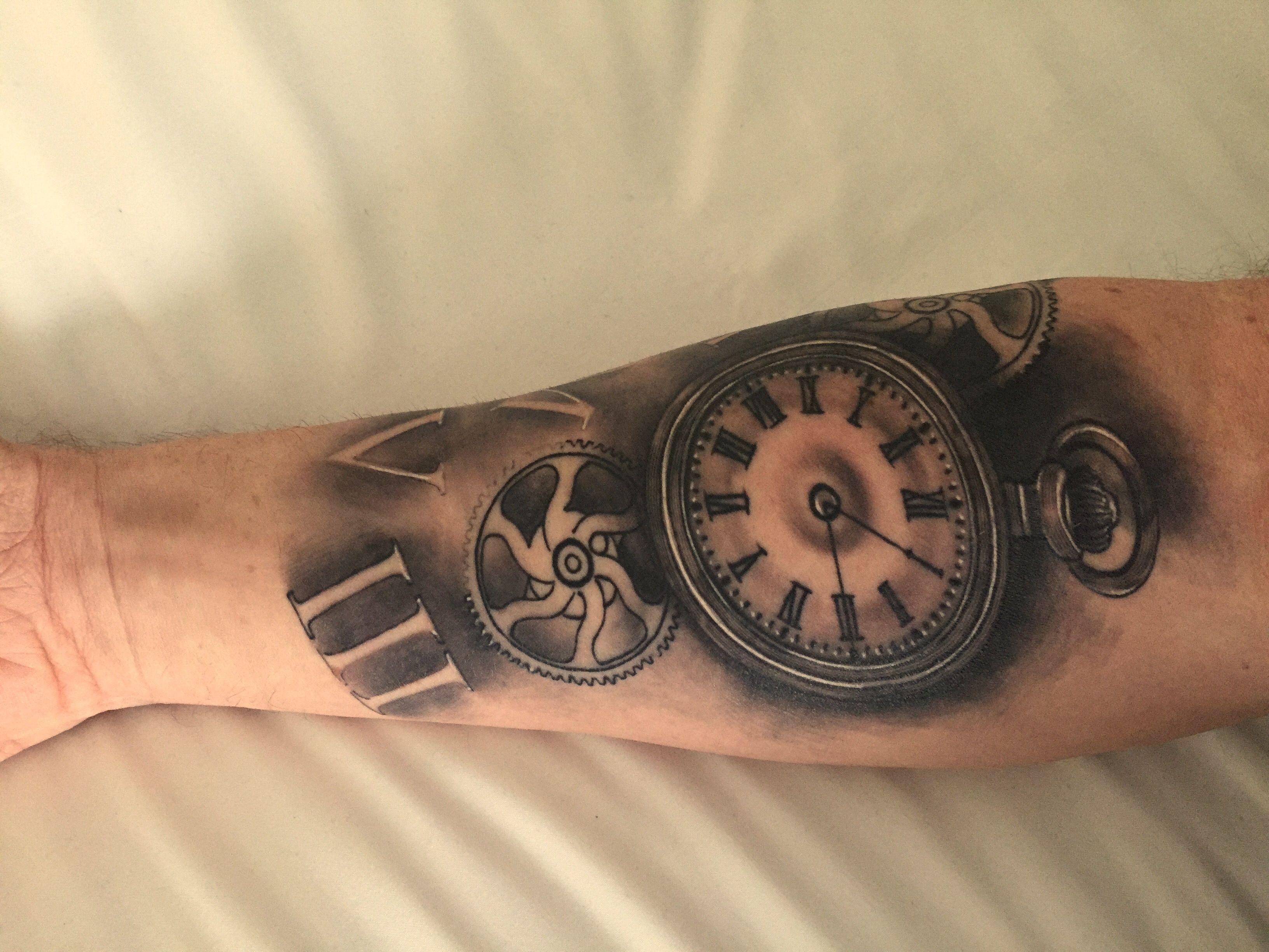 old clock vintage r233aliste tatouage pocket watch tattoo