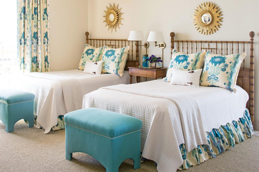 Beautiful Blue Bedroom: Cream and Turquoise Twin Bedroom
