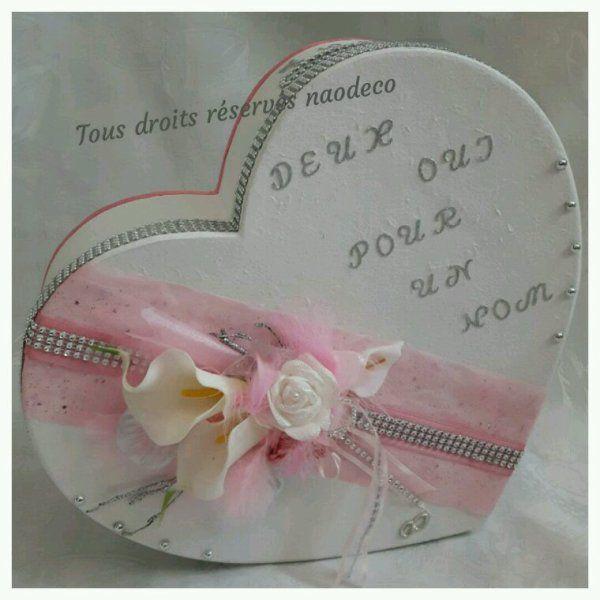 urne de mariage forme coeur blanche rose et gris strass avec bouquet de roses et arums. Black Bedroom Furniture Sets. Home Design Ideas