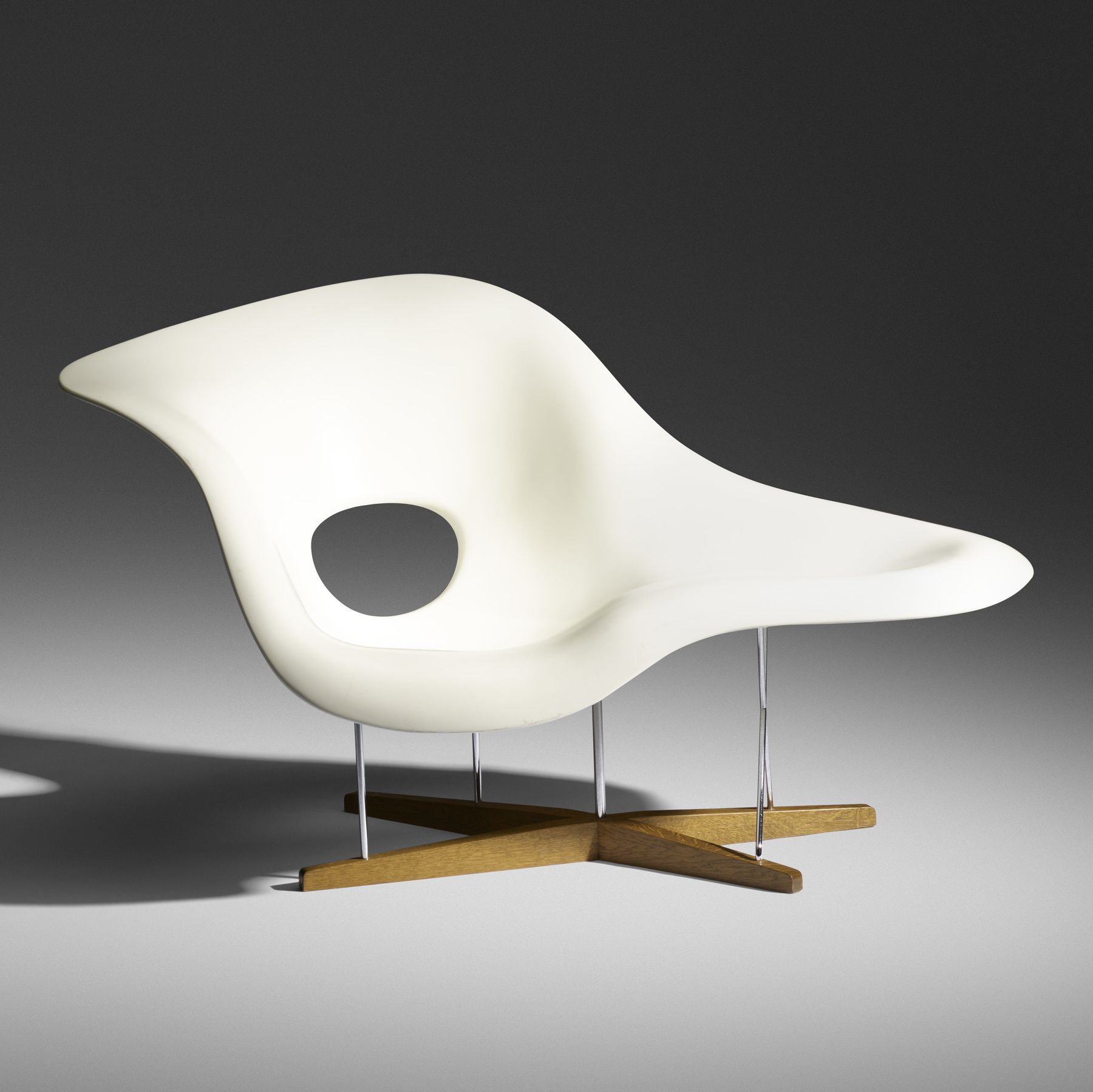 CHARLES AND RAY EAMES, La Chaise