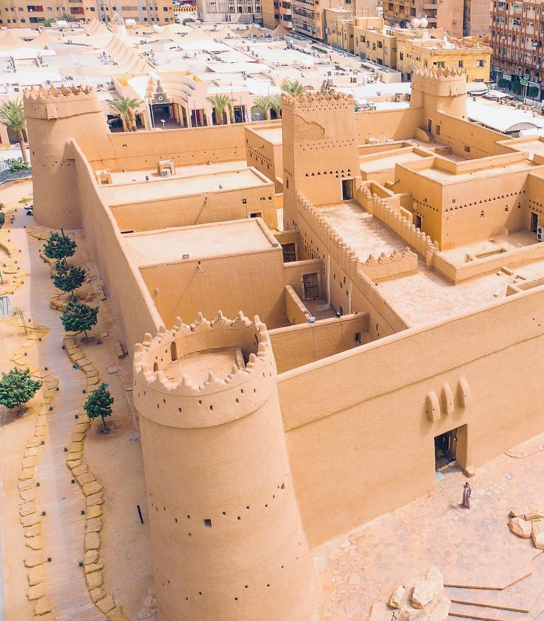 The Masmak Fort Riyadh City Visitsaudi Saudiarabia Riyadh Masmak Sauditourism History Explore Riyadh World Heritage Sites Places To Visit
