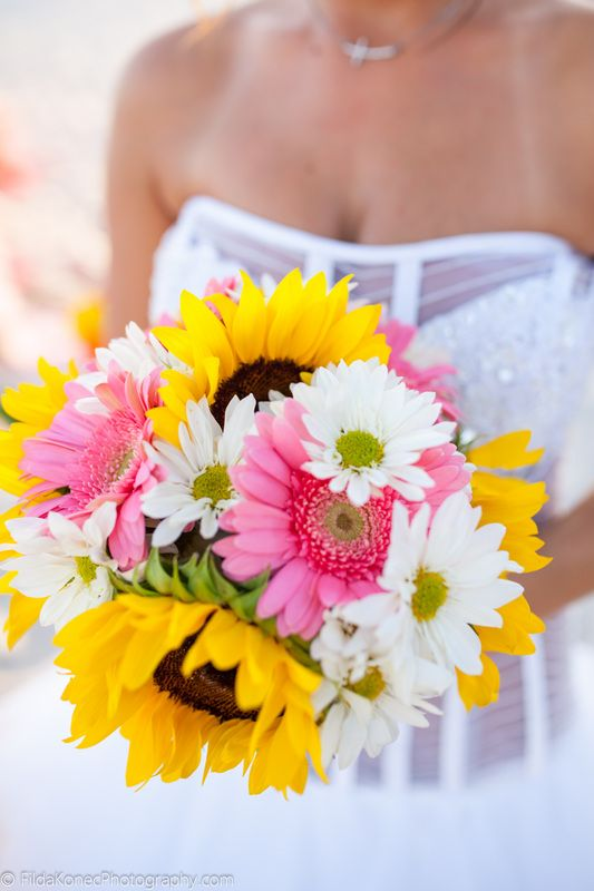 Daisies And Sunflowers Wedding Bouquet For Beach Wedding In Key