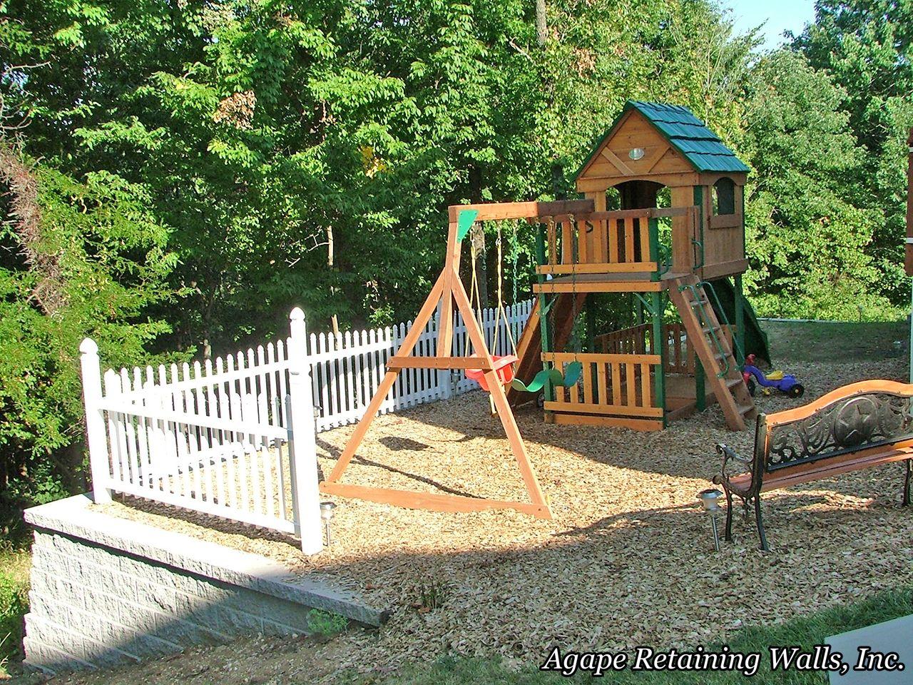 backyard discovery monterey cedar swing play set
