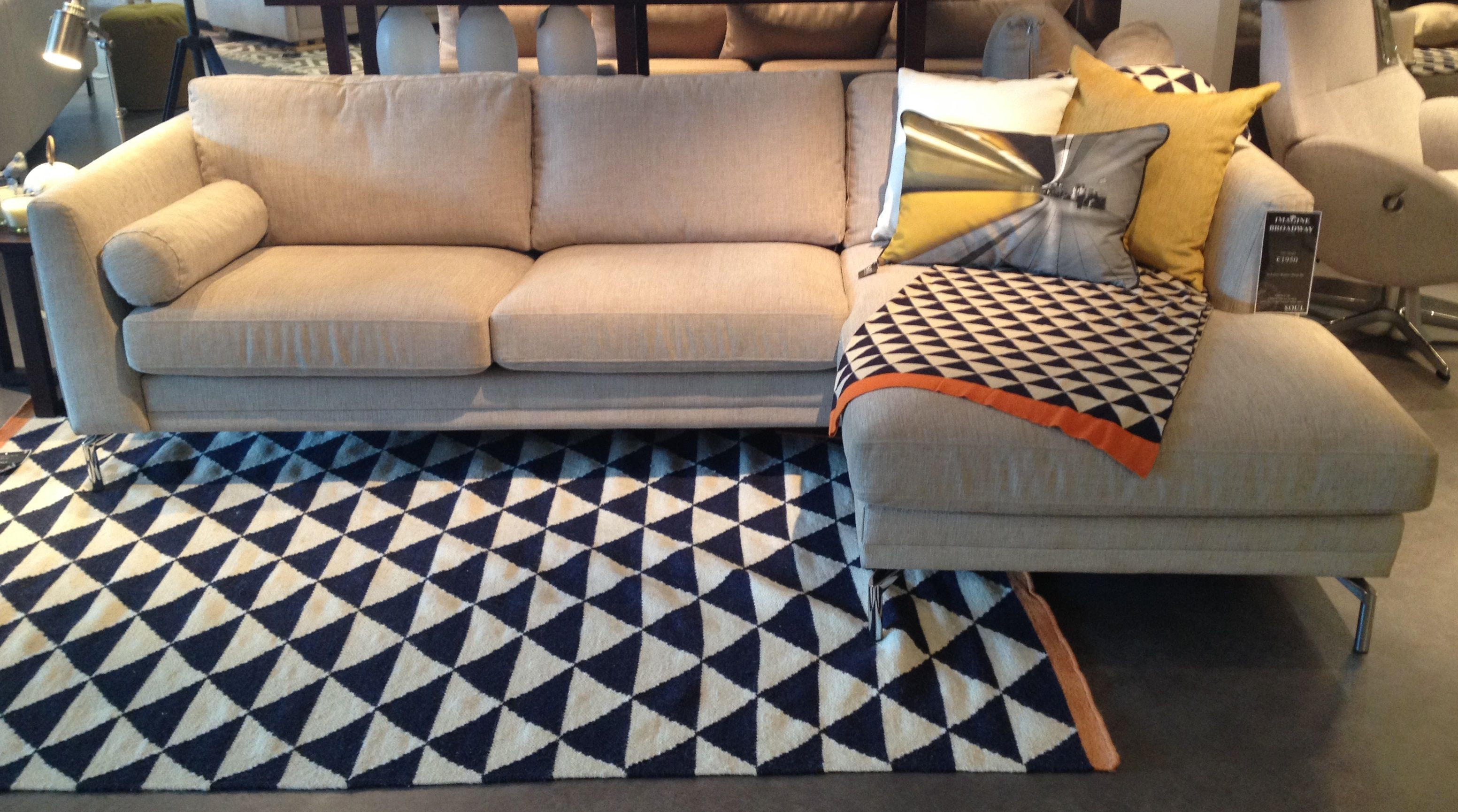 Soul Imagine Broadway Sofa With New Cushions Matching Throw Rug Living Room Love Seat Room