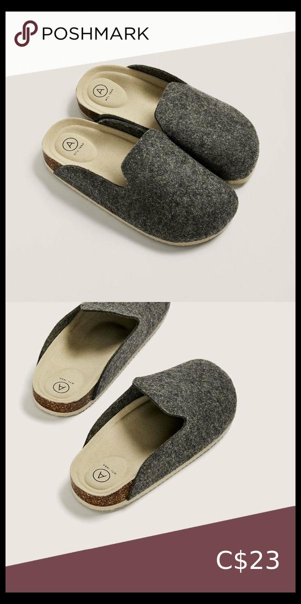 NWT Wide Width Mule Slippers Size 8W