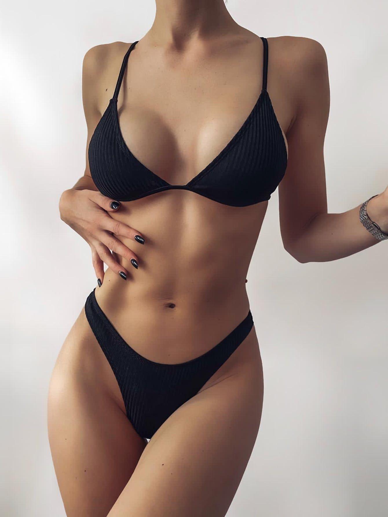 Triangle High Cut Bikini Swimsuit Black/Xs