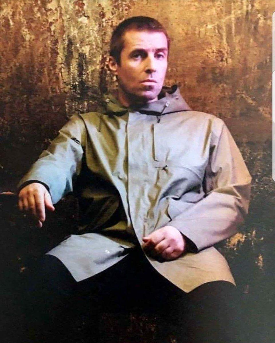 92742af73b7a Liam Gallagher Wears (@LGWears) | Twitter | Oasis stuff | Liam ...