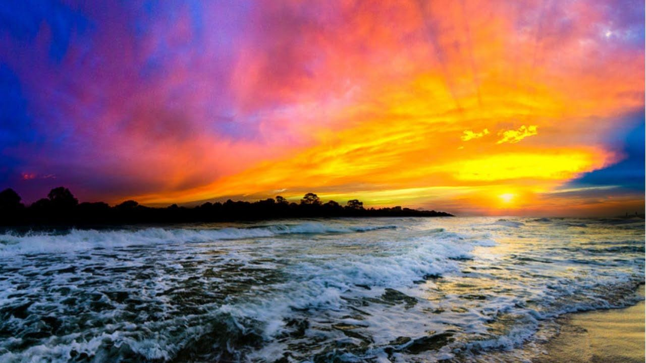Sleep Music Video With Gentle Wave Sounds Thank You For Listening If You Enjoyed This Sunset Landscape Photography Sunset Landscape Ocean Sunset Photography
