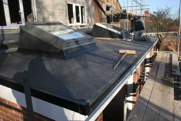 Flat Roof Single Ply With Builders Kerb Up Stands For Velux Glass Roof Building A House Kitchen Extension