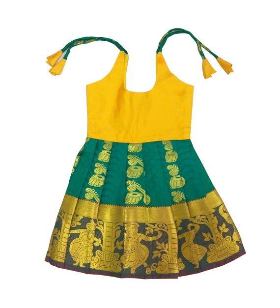 043d7bd583 Pattu Pavadai New Born Baby Girls / Kids Pure Silk Frock (Green & Yellow; 6  Months)