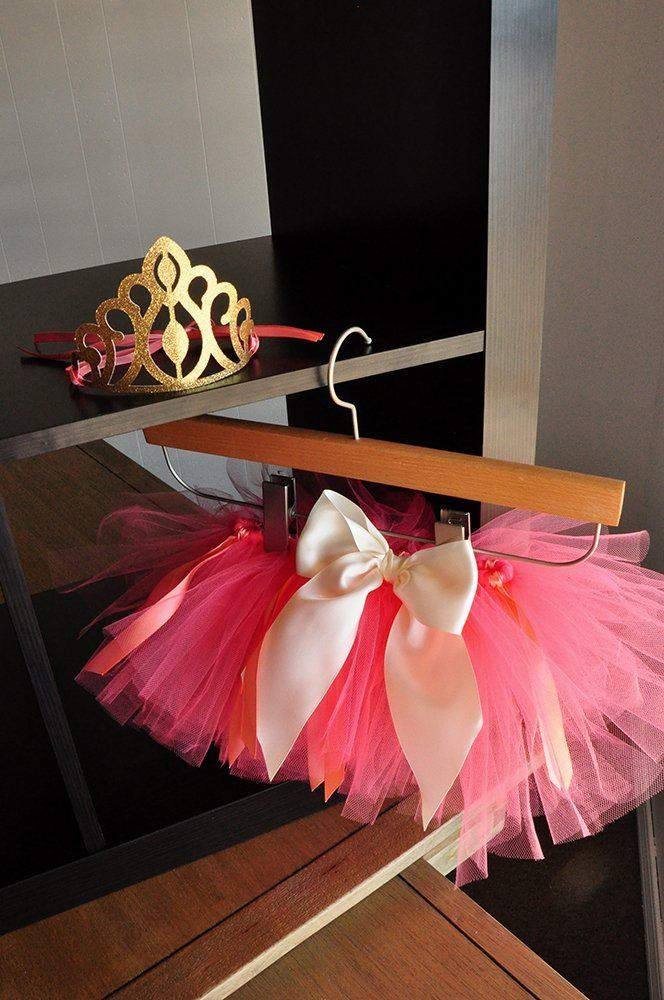 Coral Tutu and Baby Princess Crown Combo. 1st Birthday Outfit. Smash Cake Outfit.