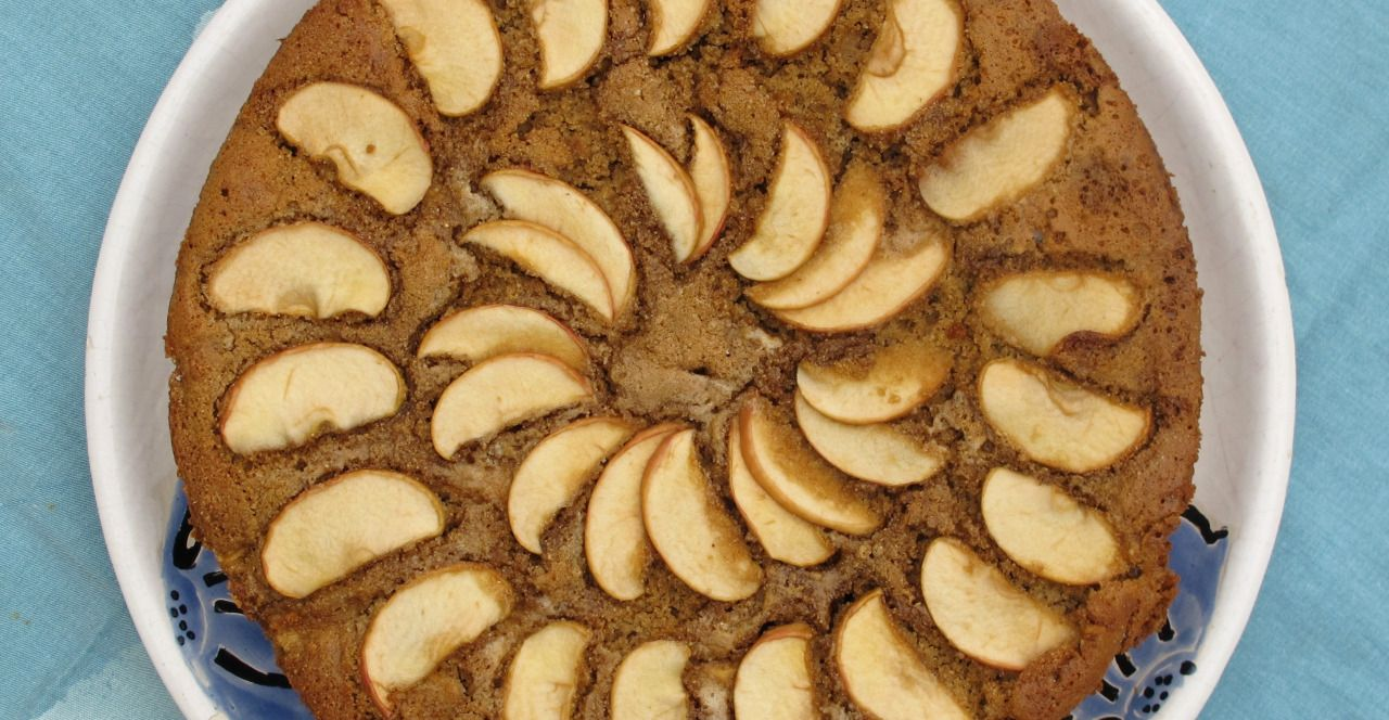 Sharlotka (torta de manzanas, integral) - Kiako, the cook ...