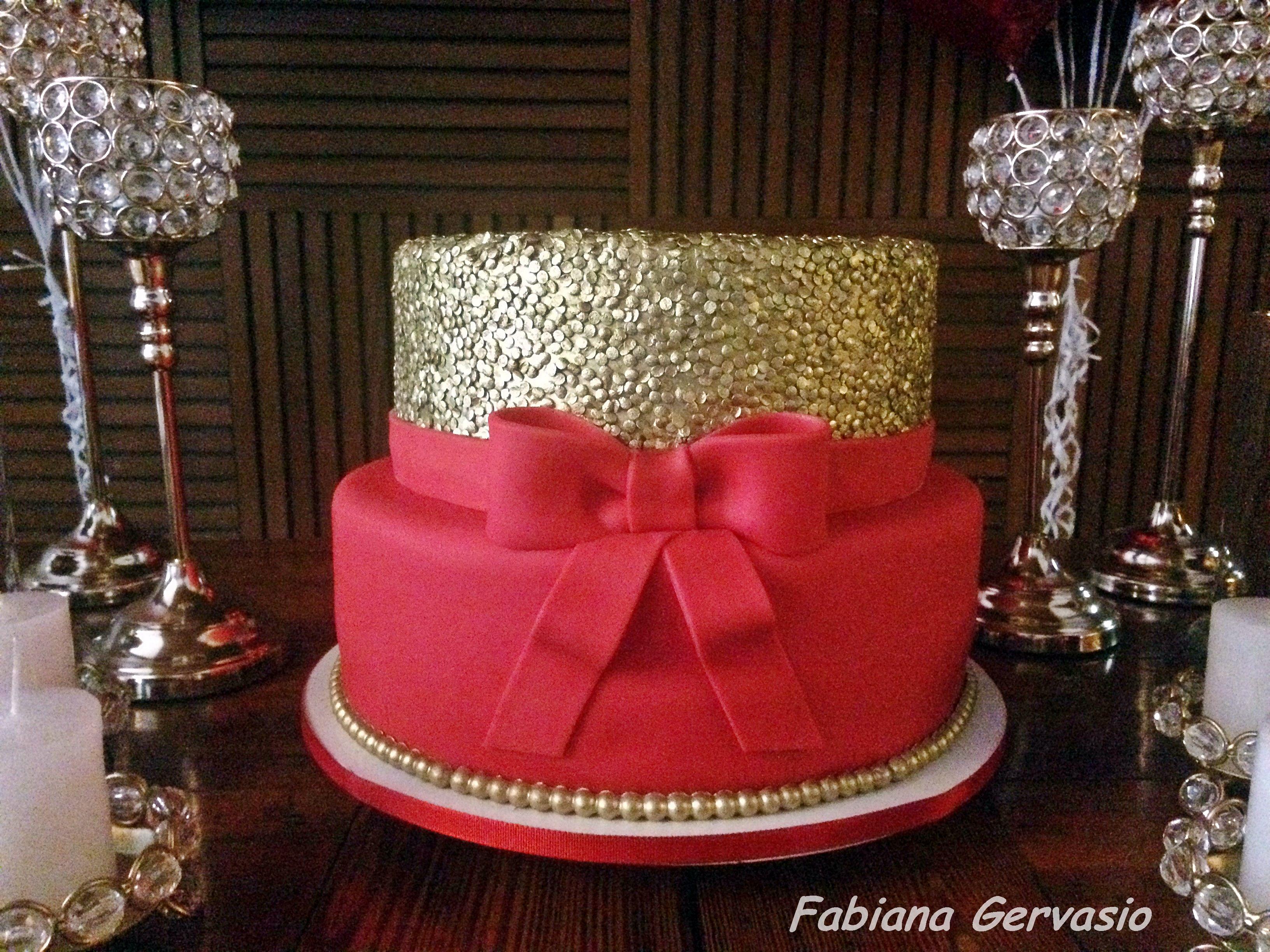 Bolo Vermelho E Dourado Luxo Com Imagens Bolos De