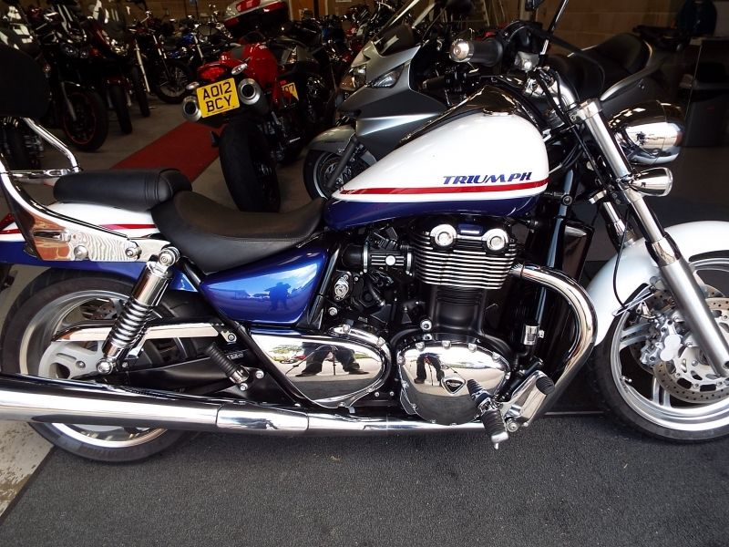 triumph thunderbird 1600 captain america used motorbikes. Black Bedroom Furniture Sets. Home Design Ideas