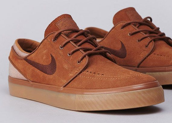 new style f52d9 755e8 Nike Stefan Janoski  Light British Tan Dark Field Brown Chaussures Homme, Vêtements  Homme